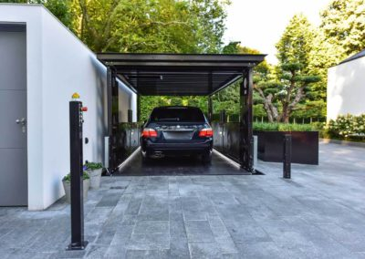 Aarding Car Lifts - BMW op Bemande Autolift IP1-CM MOB 13