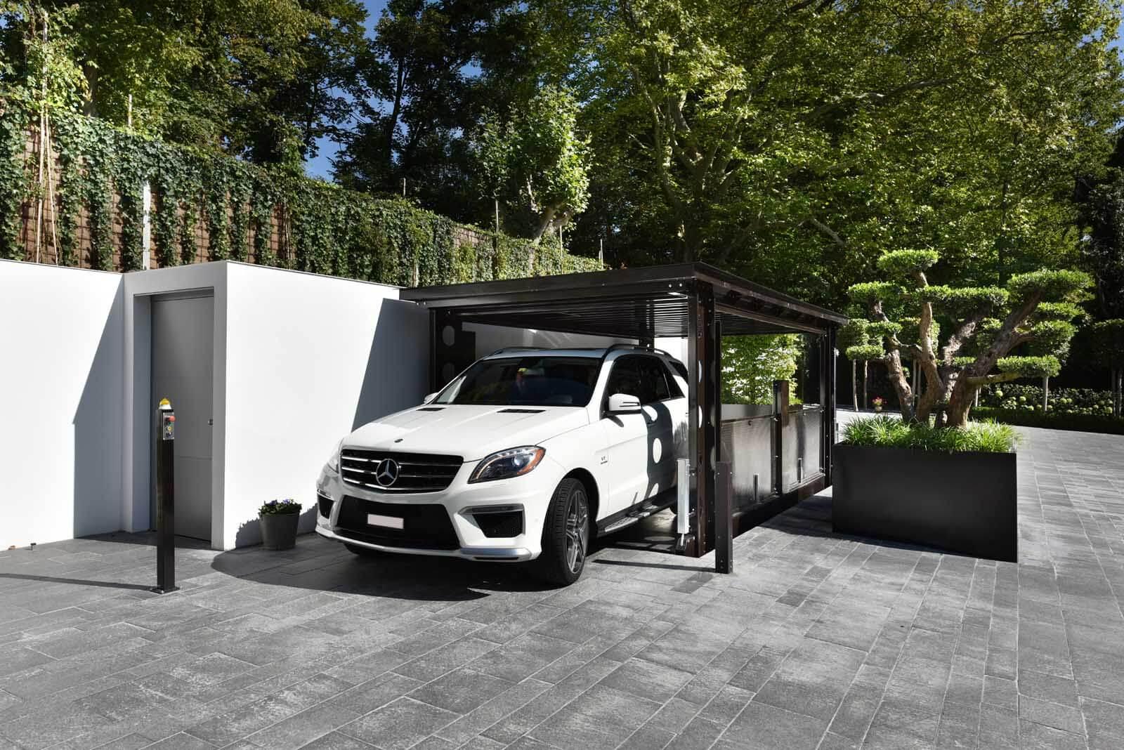 Aarding Car Lifts Autolift Met Bestuurder
