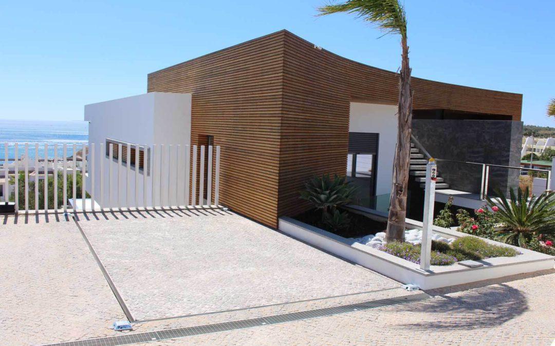 Onbemande Autolift voor Particuliere Villa in Portugal