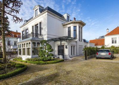 Aarding Car Lifts - Bemande Autolift voor Particuliere Luxe Villa in Zuid-Holland 8